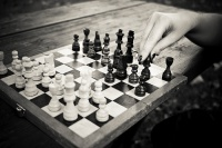 chess_wooden_table